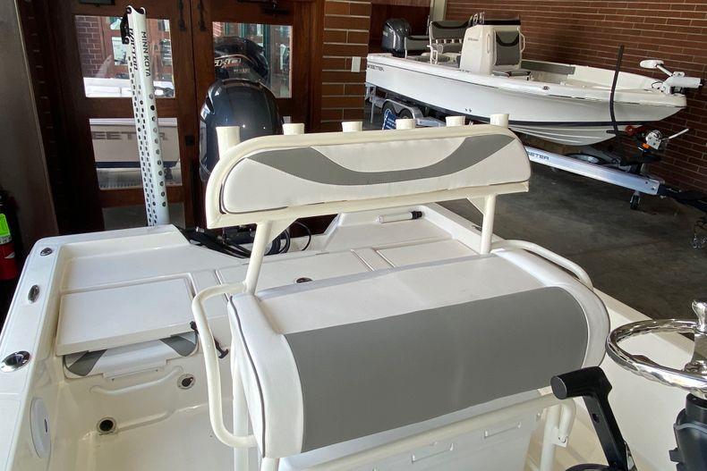 Thumbnail 7 for New 2022 Skeeter SX210 boat for sale in Stuart, FL