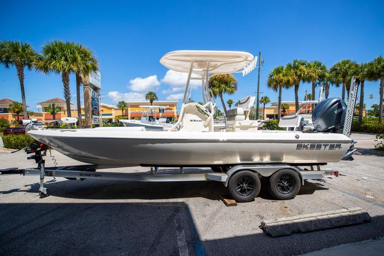 Thumbnail 4 for New 2022 Skeeter SX240 boat for sale in Stuart, FL