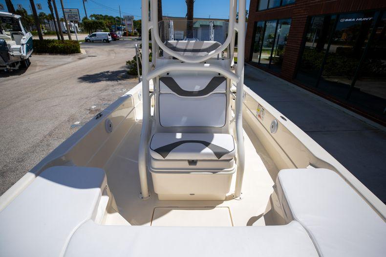 Thumbnail 39 for New 2022 Skeeter SX240 boat for sale in Stuart, FL