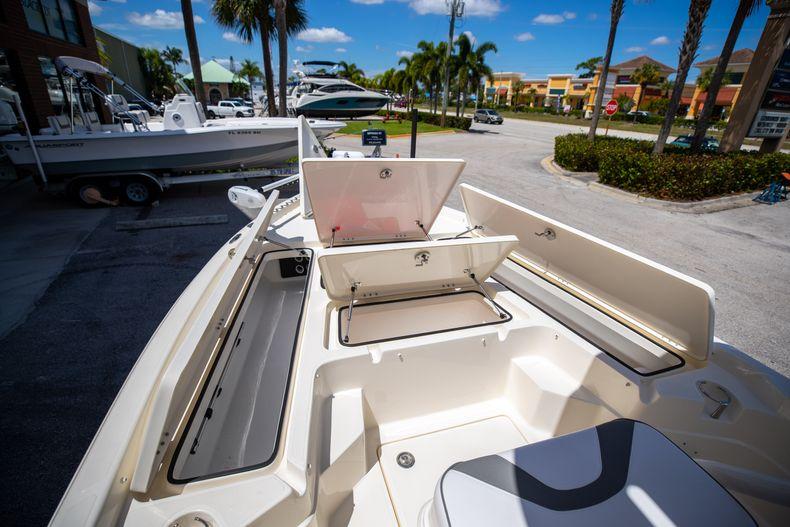 Thumbnail 34 for New 2022 Skeeter SX240 boat for sale in Stuart, FL