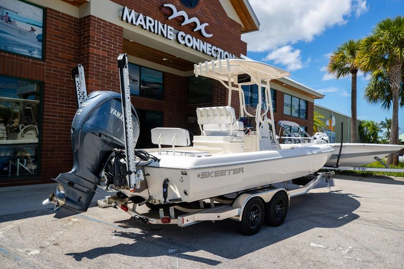 Thumbnail 7 for New 2022 Skeeter SX240 boat for sale in Stuart, FL