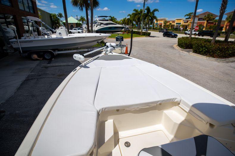 Thumbnail 33 for New 2022 Skeeter SX240 boat for sale in Stuart, FL