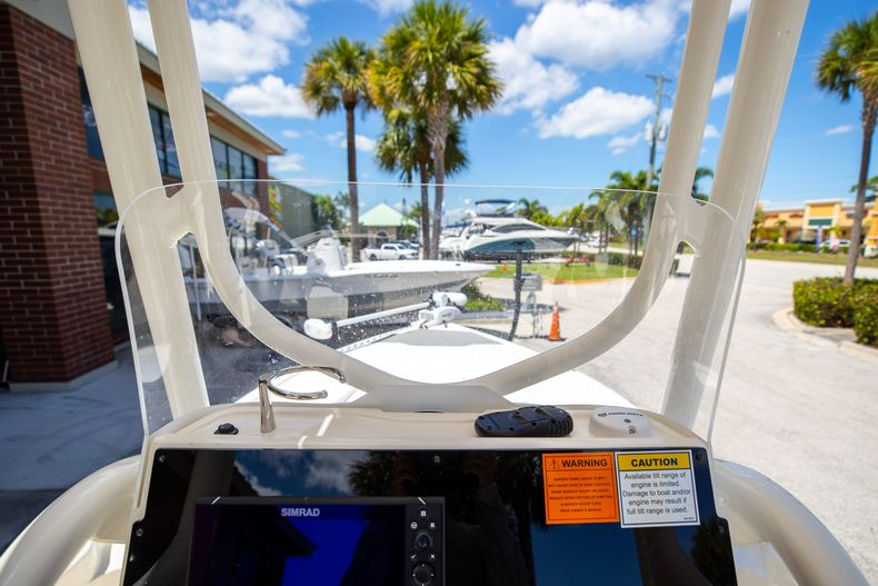Thumbnail 24 for New 2022 Skeeter SX240 boat for sale in Stuart, FL