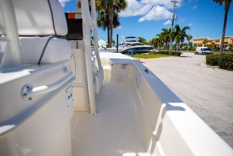 Thumbnail 16 for New 2022 Skeeter SX240 boat for sale in Stuart, FL