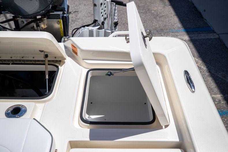 Thumbnail 15 for New 2022 Skeeter SX240 boat for sale in Stuart, FL