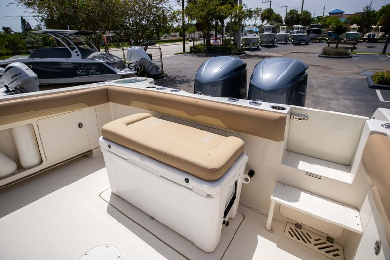 Thumbnail 15 for Used 2017 Sailfish 320CC boat for sale in West Palm Beach, FL