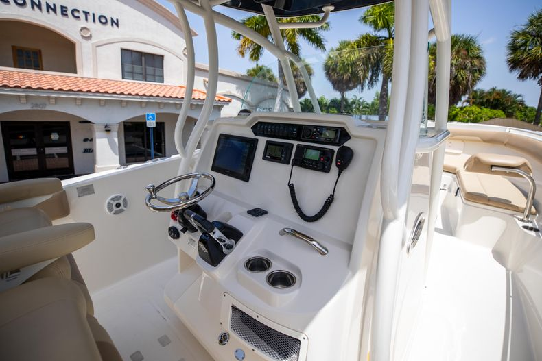 Thumbnail 25 for Used 2017 Sailfish 320CC boat for sale in West Palm Beach, FL