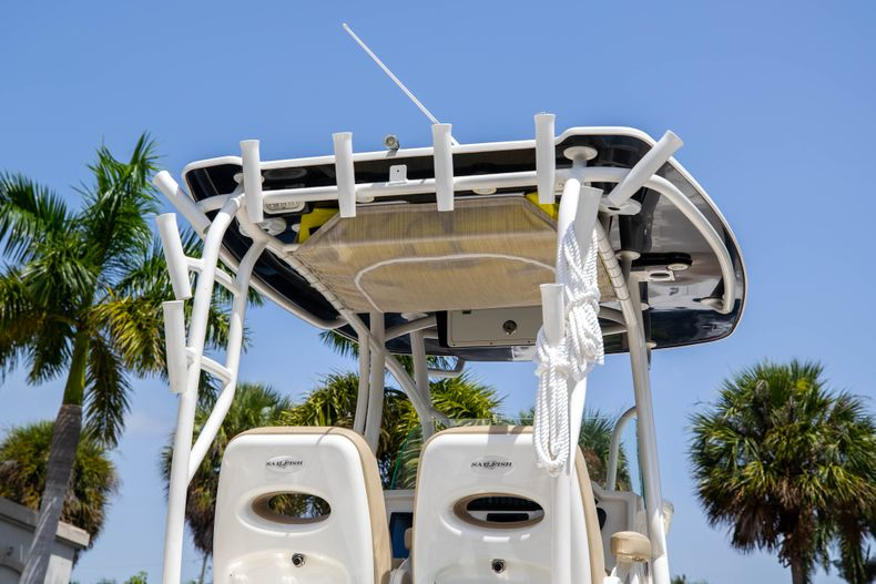Thumbnail 12 for Used 2017 Sailfish 320CC boat for sale in West Palm Beach, FL