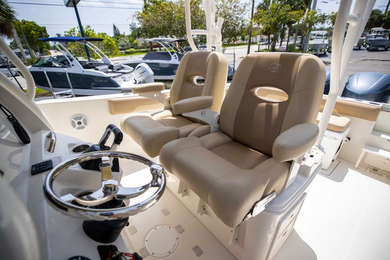 Thumbnail 35 for Used 2017 Sailfish 320CC boat for sale in West Palm Beach, FL