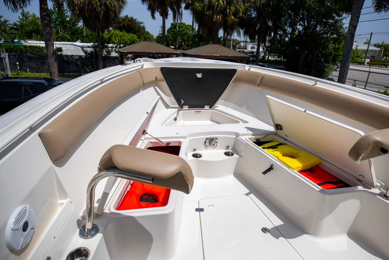 Thumbnail 42 for Used 2017 Sailfish 320CC boat for sale in West Palm Beach, FL