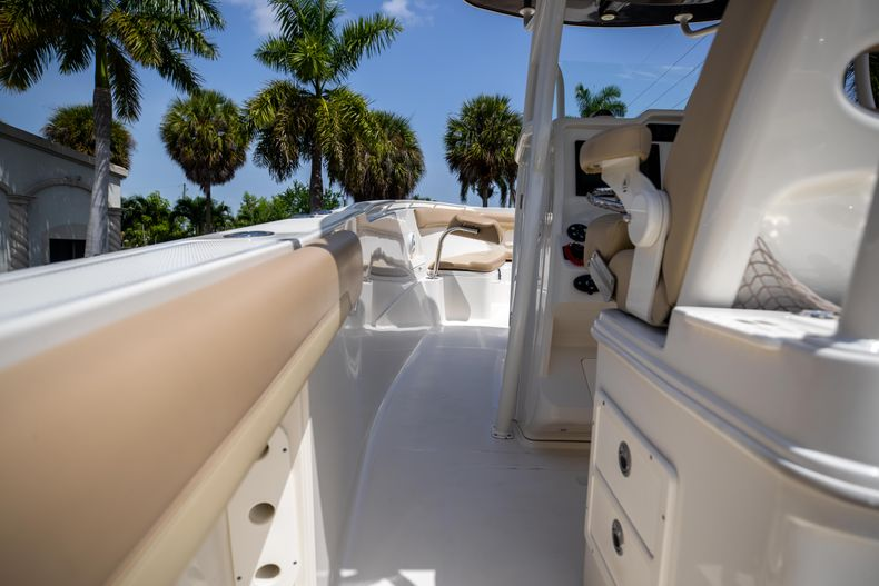 Thumbnail 22 for Used 2017 Sailfish 320CC boat for sale in West Palm Beach, FL
