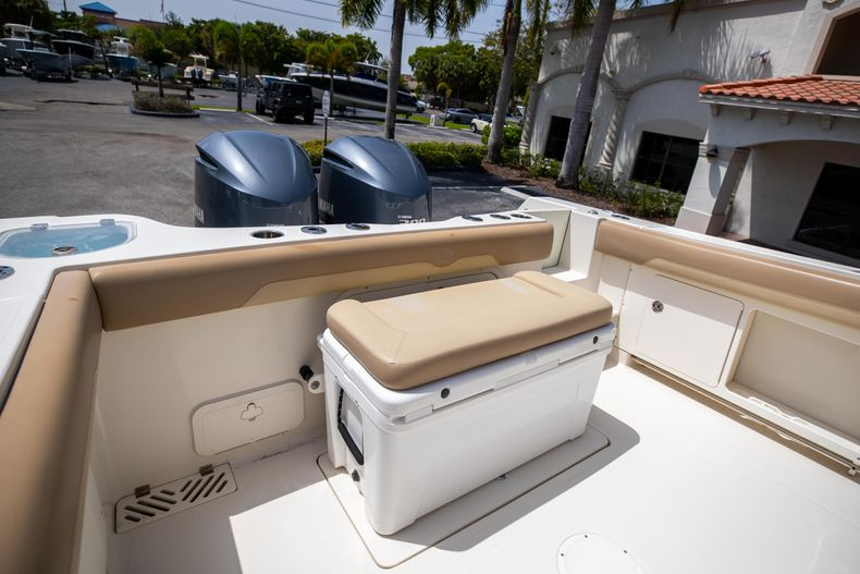Thumbnail 14 for Used 2017 Sailfish 320CC boat for sale in West Palm Beach, FL