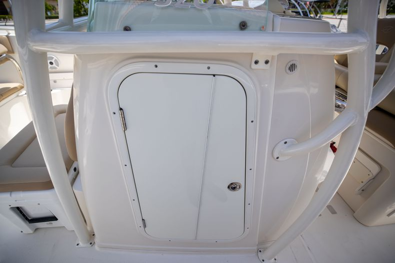 Thumbnail 37 for Used 2017 Sailfish 320CC boat for sale in West Palm Beach, FL