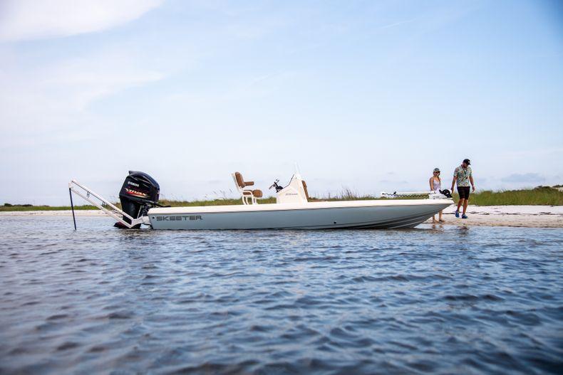 Thumbnail 4 for New 2022 Skeeter SX230 boat for sale in Stuart, FL