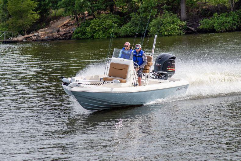 Thumbnail 3 for New 2022 Skeeter SX230 boat for sale in Stuart, FL