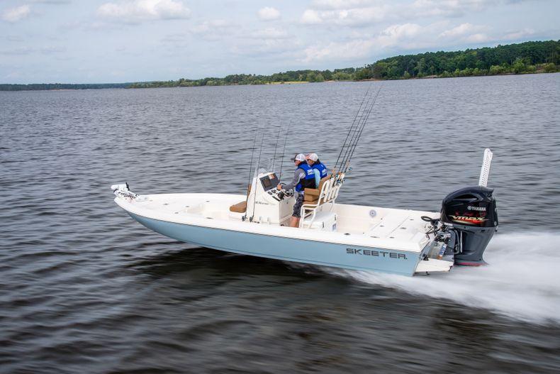 Thumbnail 1 for New 2022 Skeeter SX230 boat for sale in Stuart, FL