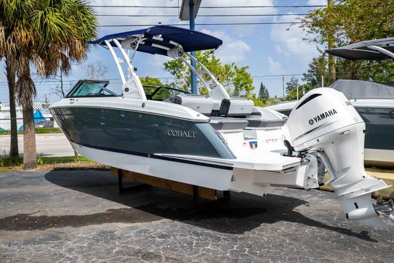 Thumbnail 1 for New 2021 Cobalt R6 OB boat for sale in West Palm Beach, FL