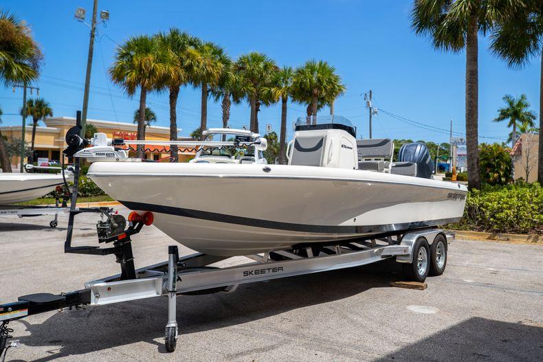 Thumbnail 3 for New 2022 Skeeter SX2550 FISH boat for sale in Stuart, FL