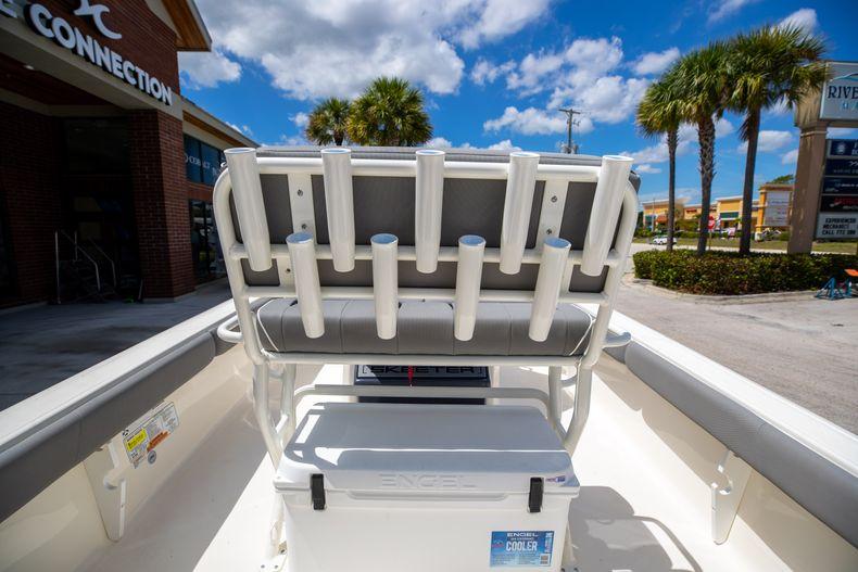 Thumbnail 15 for New 2022 Skeeter SX2550 FISH boat for sale in Stuart, FL