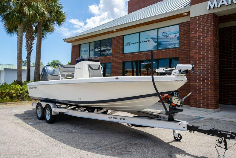 Thumbnail 1 for New 2022 Skeeter SX2550 FISH boat for sale in Stuart, FL