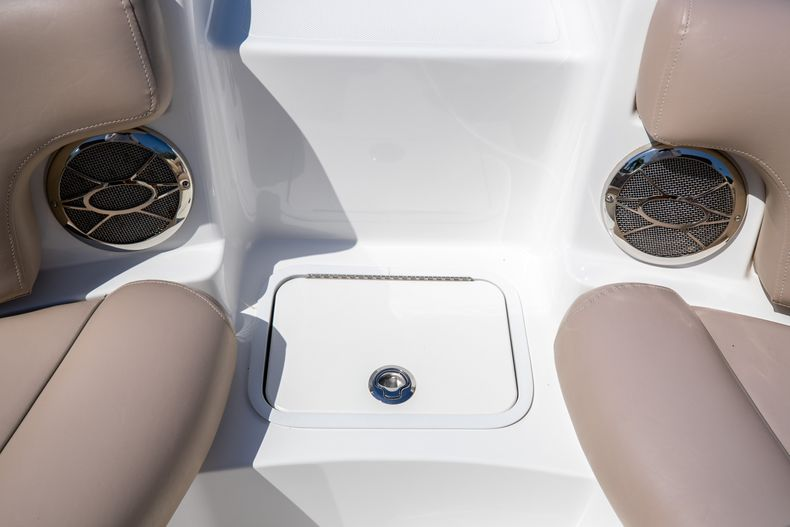 Thumbnail 42 for Used 2015 Hurricane SunDeck SD 2400 OB boat for sale in West Palm Beach, FL