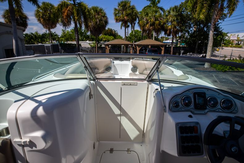 Thumbnail 37 for Used 2015 Hurricane SunDeck SD 2400 OB boat for sale in West Palm Beach, FL