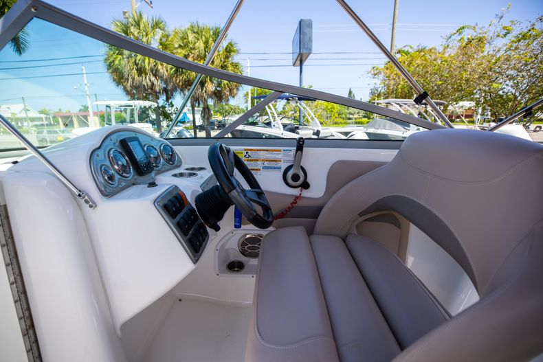 Thumbnail 22 for Used 2015 Hurricane SunDeck SD 2400 OB boat for sale in West Palm Beach, FL