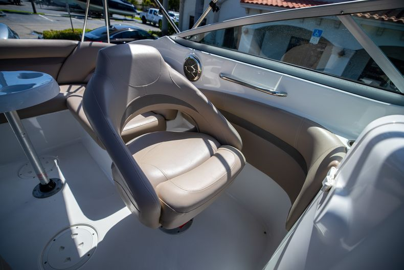 Thumbnail 33 for Used 2015 Hurricane SunDeck SD 2400 OB boat for sale in West Palm Beach, FL