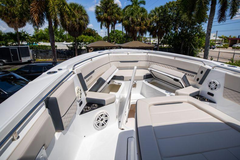 Thumbnail 59 for Used 2021 Blackfin 332CC boat for sale in Islamorada, FL