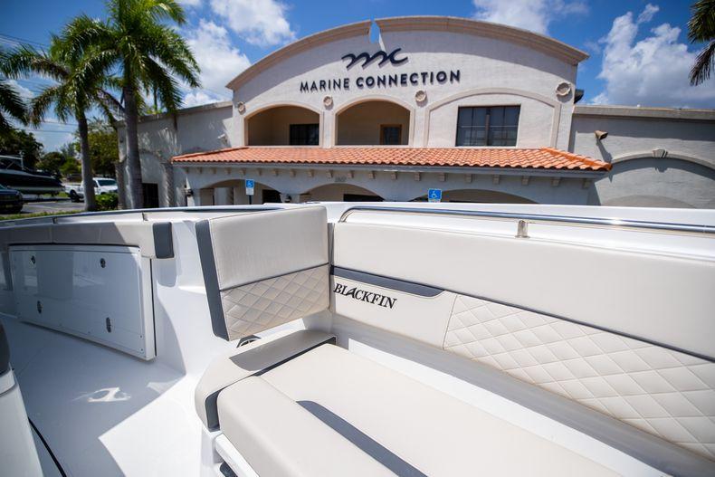 Thumbnail 65 for Used 2021 Blackfin 332CC boat for sale in Islamorada, FL