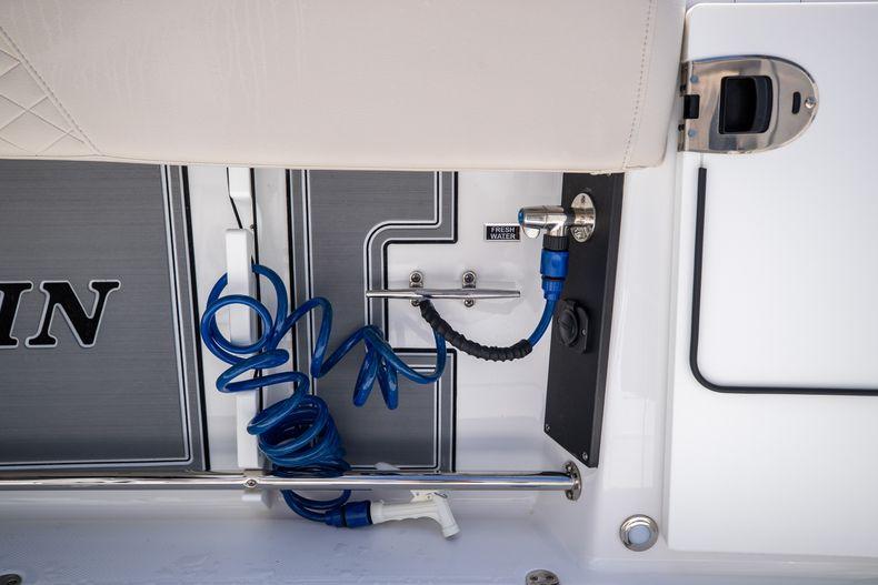 Thumbnail 20 for Used 2021 Blackfin 332CC boat for sale in Islamorada, FL