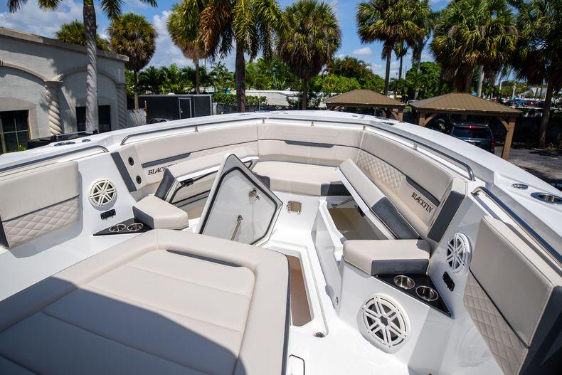 Thumbnail 57 for Used 2021 Blackfin 332CC boat for sale in Islamorada, FL