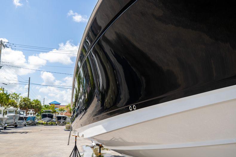 Thumbnail 2 for Used 2021 Blackfin 332CC boat for sale in Islamorada, FL