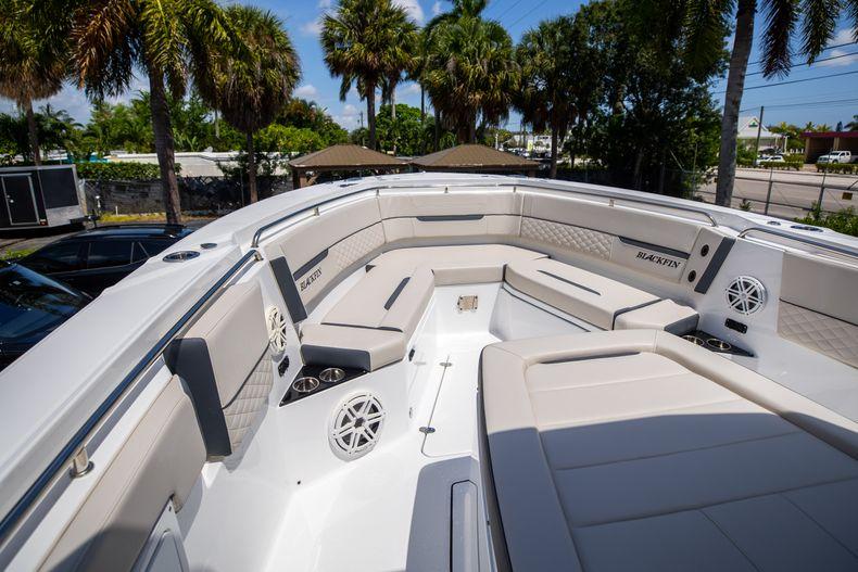 Thumbnail 58 for Used 2021 Blackfin 332CC boat for sale in Islamorada, FL