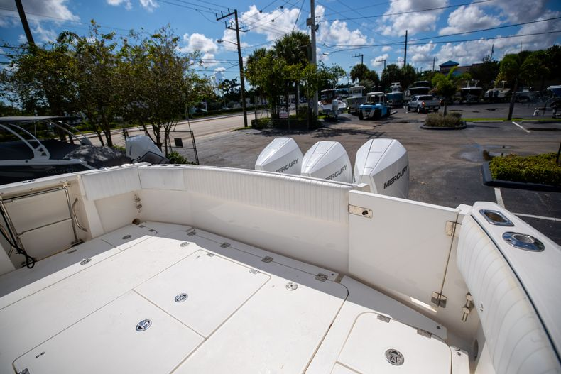 Thumbnail 14 for Used 2004 Sunseeker Sportfisher 37 boat for sale in West Palm Beach, FL