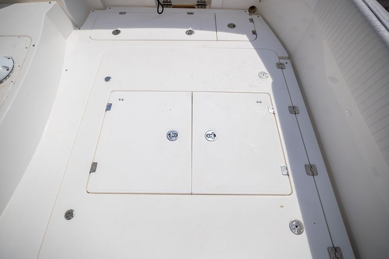Thumbnail 15 for Used 2004 Sunseeker Sportfisher 37 boat for sale in West Palm Beach, FL