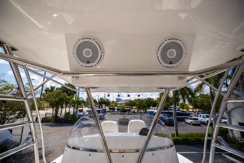 Thumbnail 49 for Used 2004 Sunseeker Sportfisher 37 boat for sale in West Palm Beach, FL