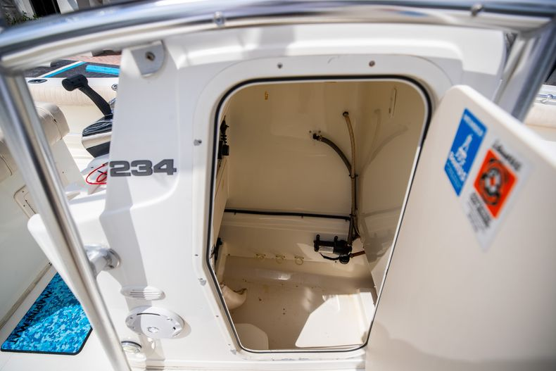 Thumbnail 37 for Used 2007 Mako 234 CC Center Console boat for sale in West Palm Beach, FL