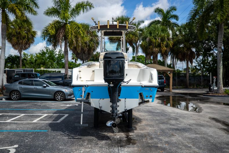 Thumbnail 9 for Used 2007 Mako 234 CC Center Console boat for sale in West Palm Beach, FL