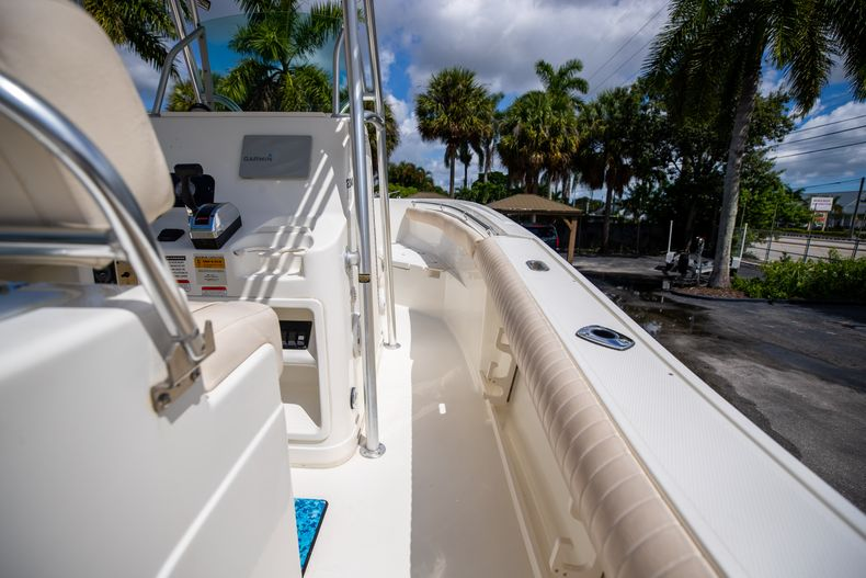 Thumbnail 17 for Used 2007 Mako 234 CC Center Console boat for sale in West Palm Beach, FL