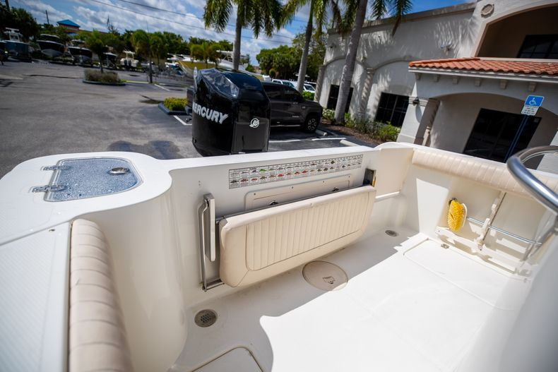 Thumbnail 13 for Used 2007 Mako 234 CC Center Console boat for sale in West Palm Beach, FL