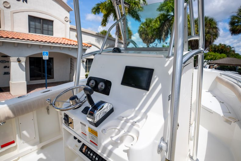 Thumbnail 26 for Used 2007 Mako 234 CC Center Console boat for sale in West Palm Beach, FL