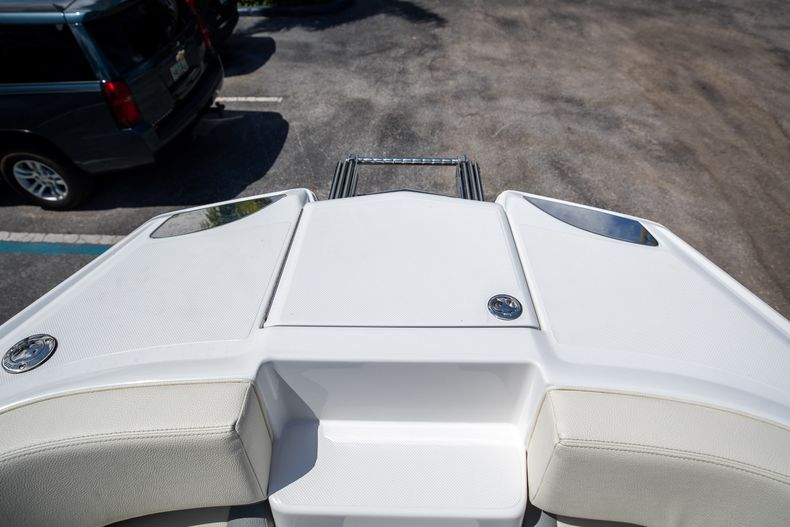 Thumbnail 41 for Used 2021 Cobalt 25SC boat for sale in West Palm Beach, FL
