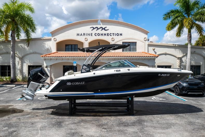 Used 2021 Cobalt 25SC boat for sale in West Palm Beach, FL
