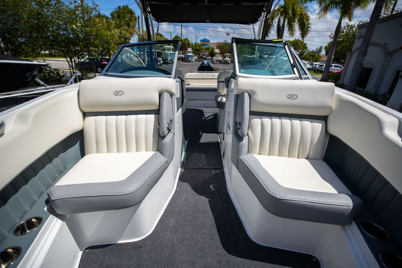 Thumbnail 43 for Used 2021 Cobalt 25SC boat for sale in West Palm Beach, FL