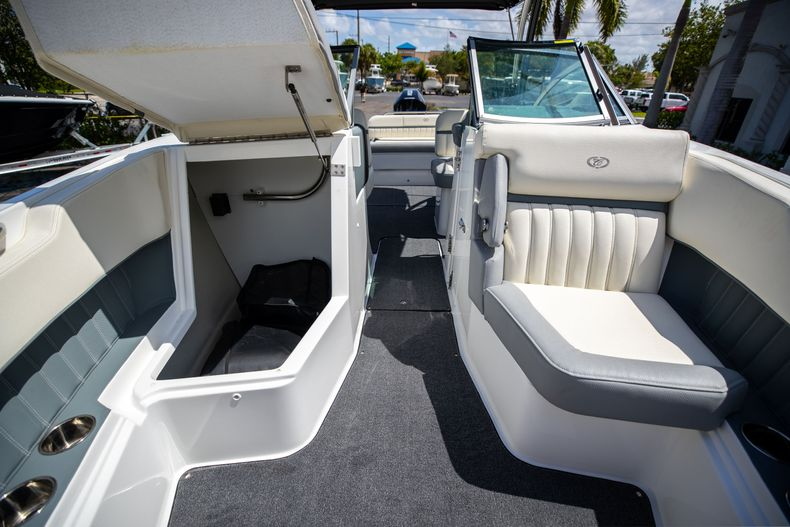 Thumbnail 44 for Used 2021 Cobalt 25SC boat for sale in West Palm Beach, FL