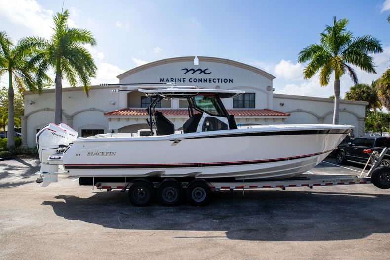 New 2022 Blackfin 332CC boat for sale in West Palm Beach, FL