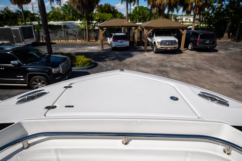 Thumbnail 56 for New 2022 Blackfin 332CC boat for sale in West Palm Beach, FL