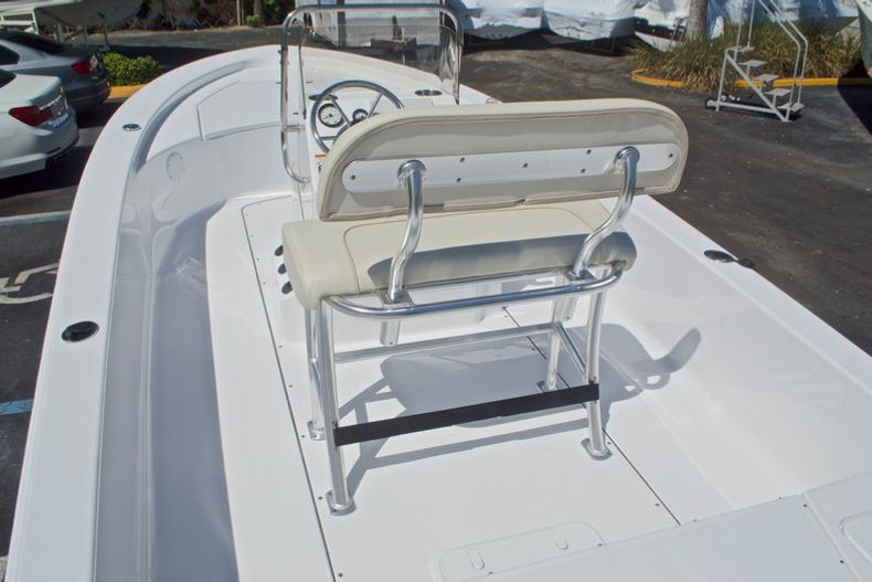 Thumbnail 12 for New 2017 Sportsman 20 Island Bay boat for sale in West Palm Beach, FL
