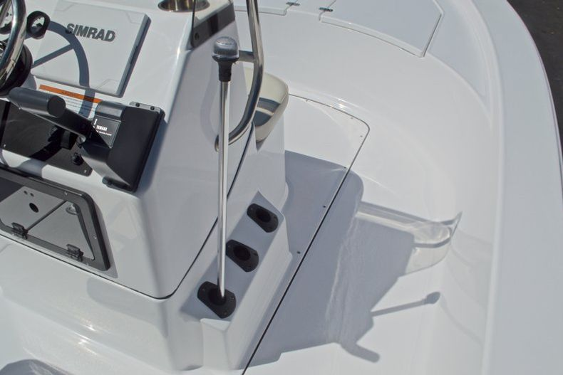 Thumbnail 23 for New 2017 Sportsman 20 Island Bay boat for sale in West Palm Beach, FL